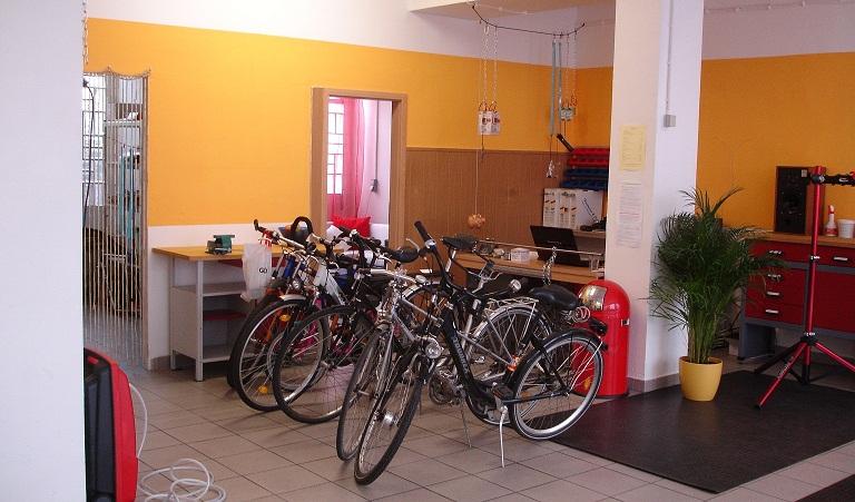Wohnzimmer Werkstatt Fahrradwerkstatt Zum Selbstschrauben Und